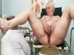 Mature mom pussy inspections..
