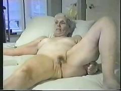 Enjoy this granny fully..