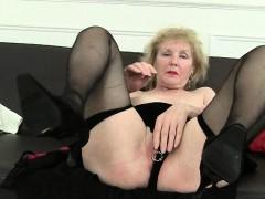 British granny yon big tits..
