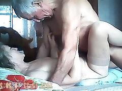 1 Granny Porno